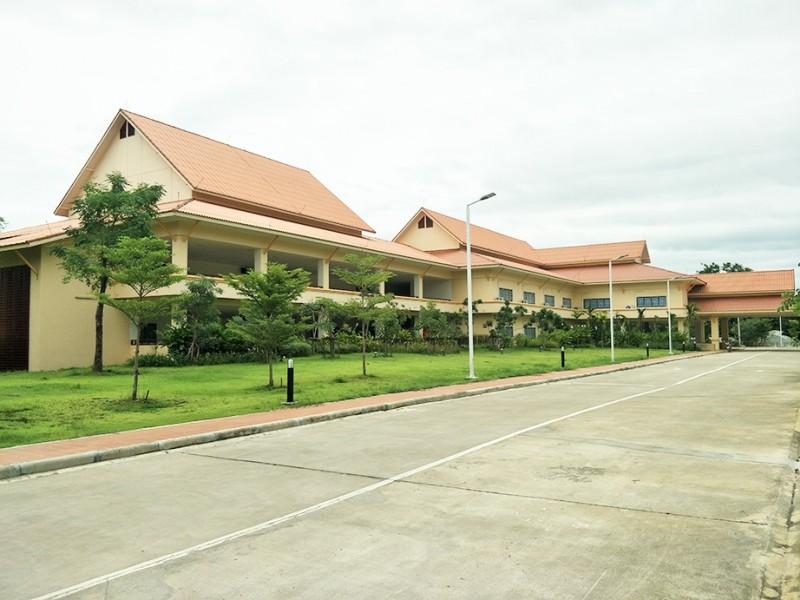 อาคารเรียนและปฏิบัติการเกษตรชีวภาพ