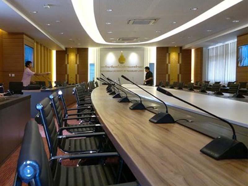 ห้องประชุม คอนเฟอร์เรน ดอยสะเก็ด